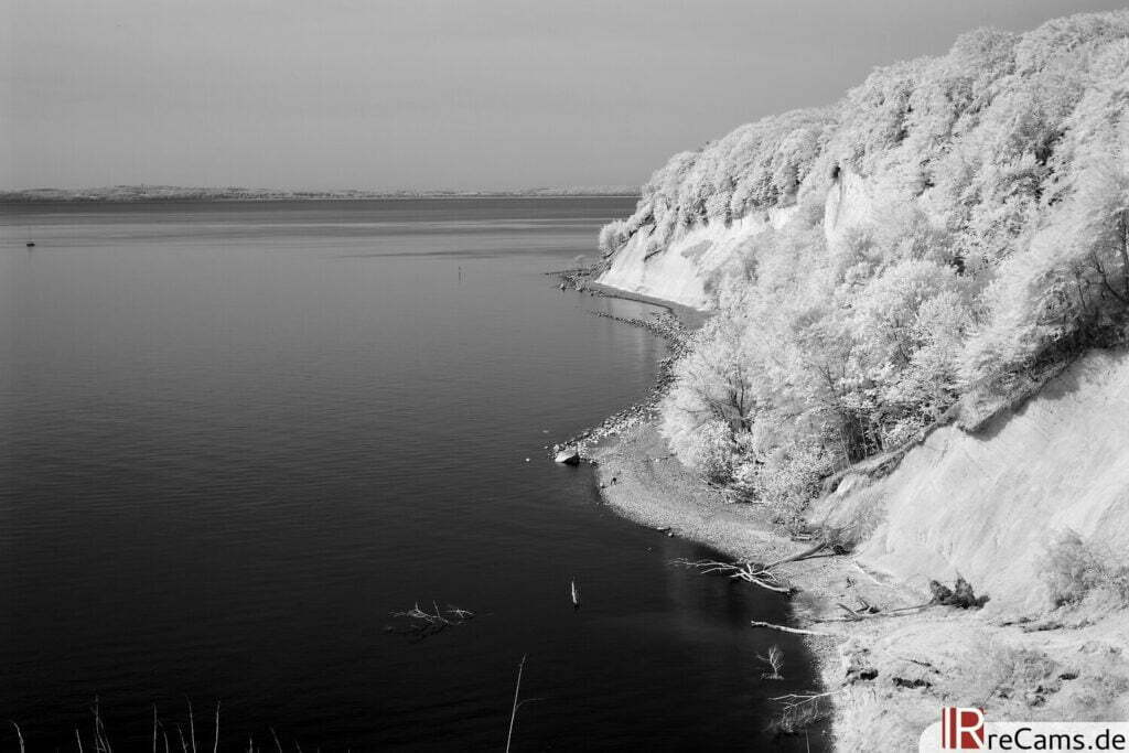 Jasmunder Nationalpark | IR | 100 % | 40 mm | f/10,0 | 1/40 sec | ISO 100