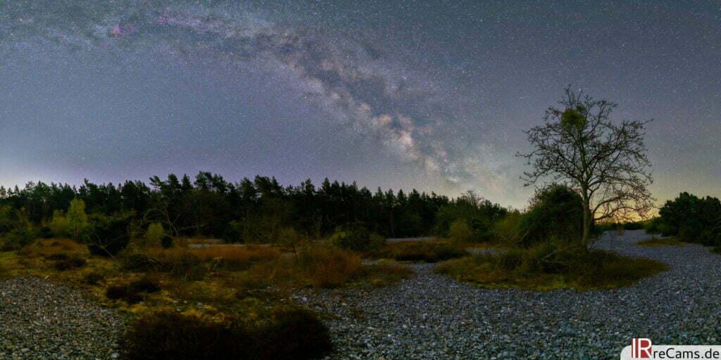 Panorama der Milchstraße - aufgenommen mit Astrofilter